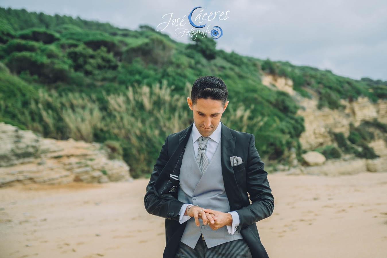 Sesion fotografica de jose caceres fotografia, post boda leticia y jose luis, playas-13