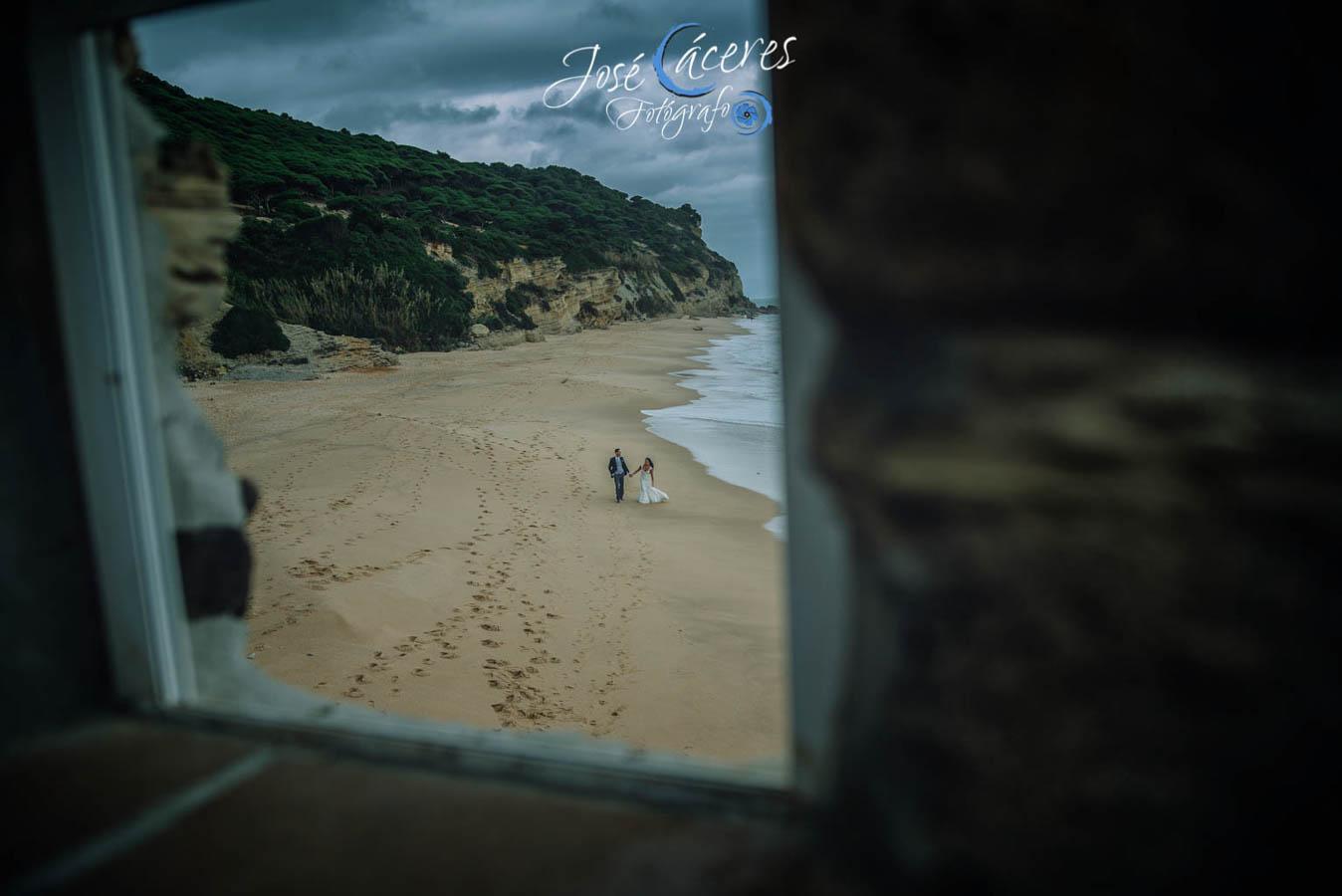 Sesion fotografica de jose caceres fotografia, post boda leticia y jose luis, playas-14