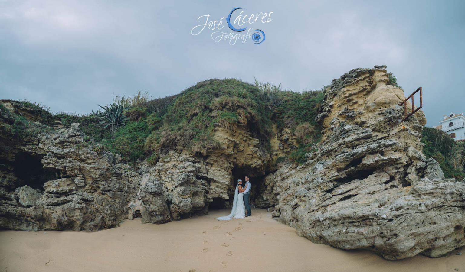 Sesion fotografica de jose caceres fotografia, post boda leticia y jose luis, playas-21