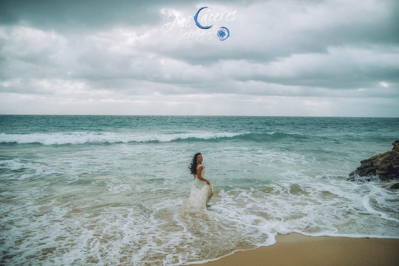 Sesion fotografica de jose caceres fotografia, post boda leticia y jose luis, playas-27