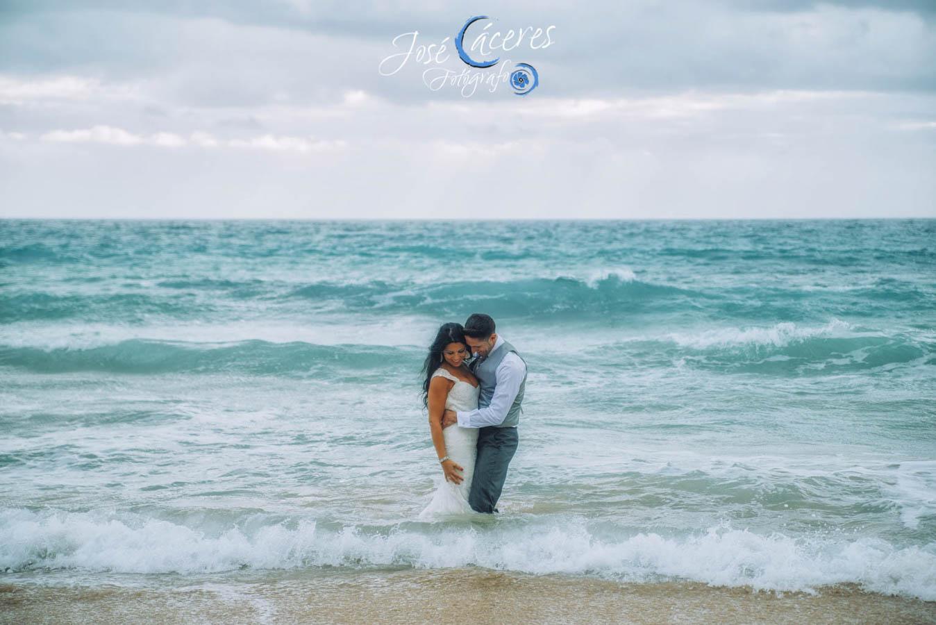 Sesion fotografica de jose caceres fotografia, post boda leticia y jose luis, playas-28