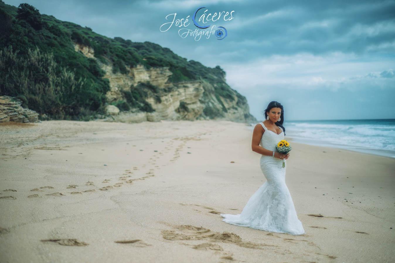 Sesion fotografica de jose caceres fotografia, post boda leticia y jose luis, playas-4