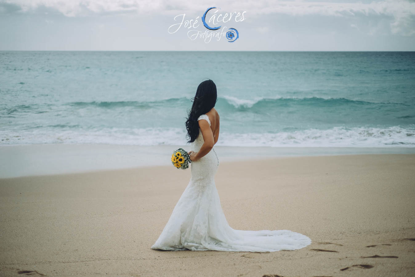 Sesion fotografica de jose caceres fotografia, post boda leticia y jose luis, playas-5