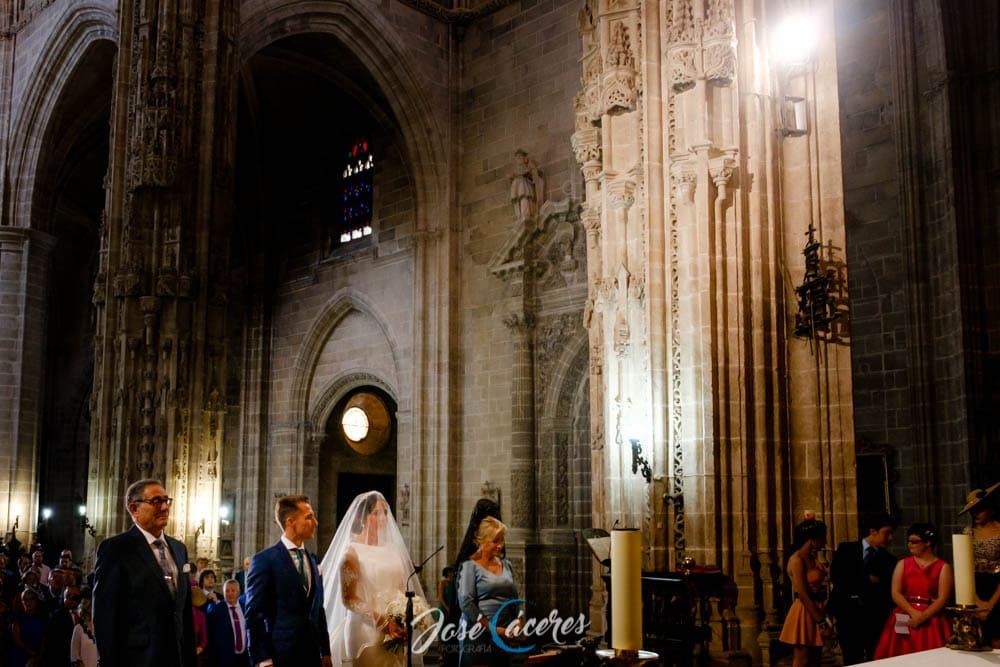 Boda en Iglesia de San Miguel | Bodega Real Tesoro